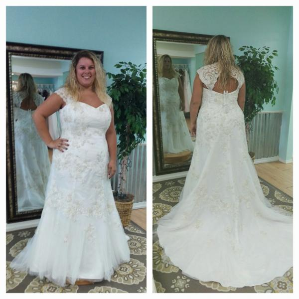 rock-bottom price designer fashion big discount sale Gorgeous ivory dress with keyhole back and cap sleeves, size ...