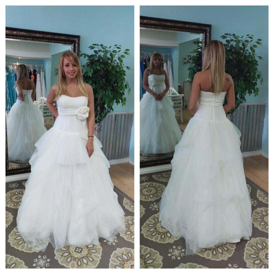 Photos by Lovie's Recycled Weddings in Joplin, MO